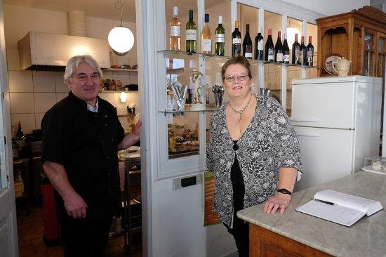 Montolieu, Francia: Terri et Bernard Brique vous accueillent