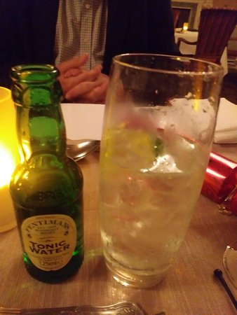 Ledsham, UK: Special gin and tonic - cheers