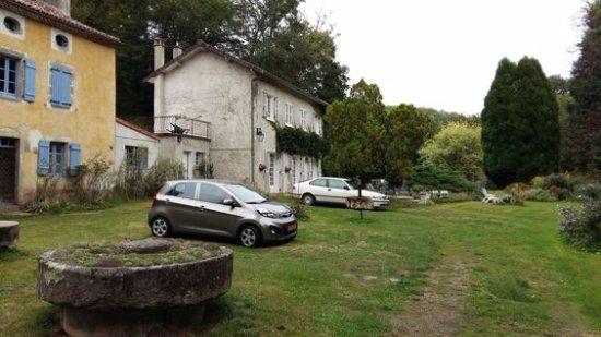 Thiat, Γαλλία: eerste indruk bij binnenkomst op het terrein