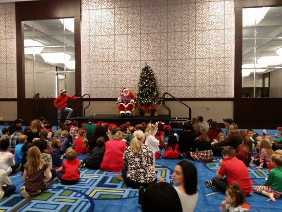 Hilton Anatole: Breakfast With Santa