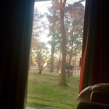 Olive Branch, MS: Whispering Woods Hotel & Conference Center
