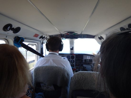 Invercargill, Neuseeland: Pilot Ryan preparing for take off
