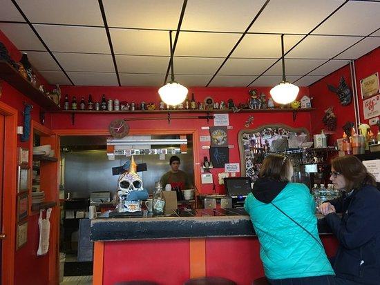 John's Tex-Mex Eatery: Kitchen/checkout-takeout counter