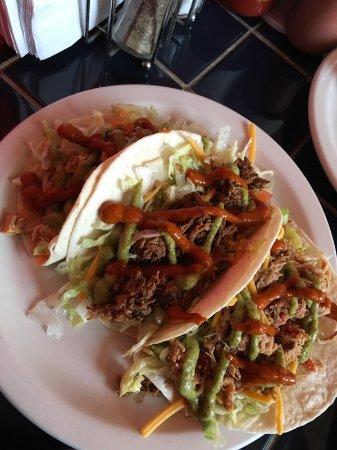John's Tex-Mex Eatery: tacos 'fresca' (not so much)