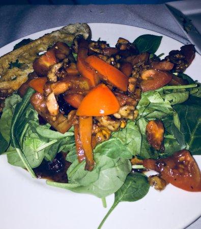 Newburyport, MA: Warm Spinach Salad