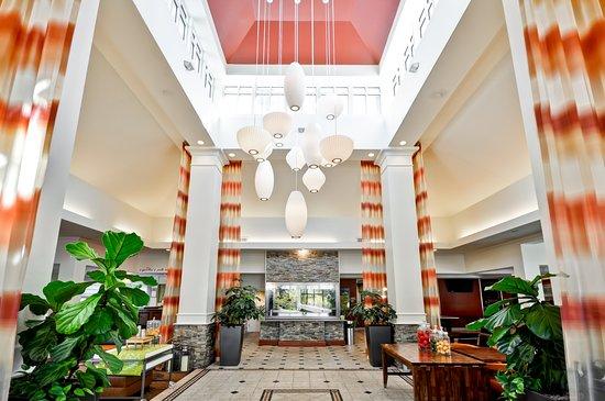 Temple Terrace, FL: Lobby Entrance