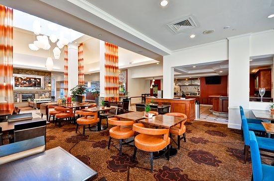 Temple Terrace, FL: Dining Area