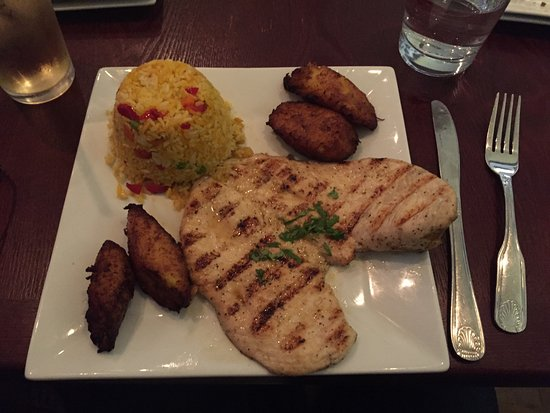 Mineola, Estado de Nueva York: Grilled Chicken