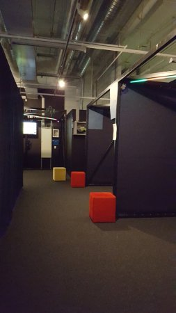 Вантаа, Финляндия: Few game booths
