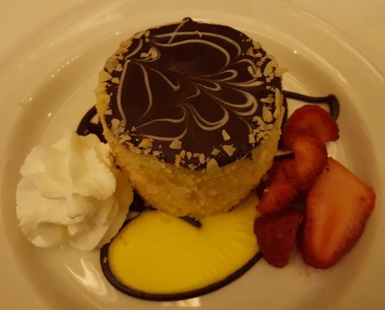 Parker's Restaurant: Boston cream pie