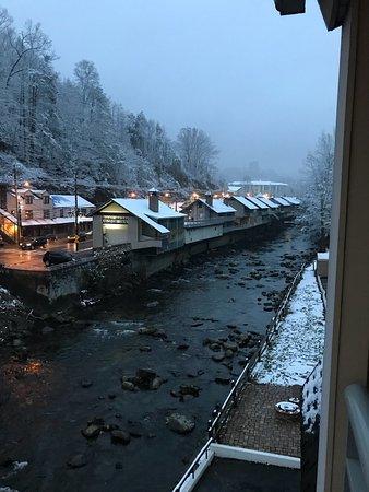 Days Inn Gatlinburg on the River: photo0.jpg