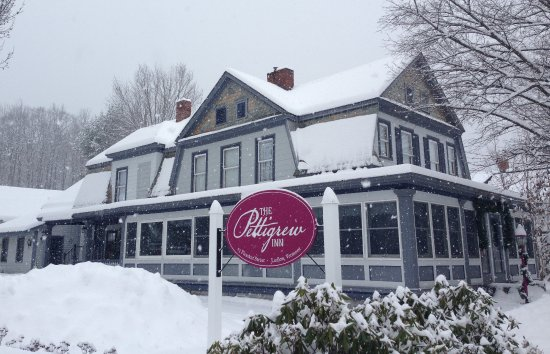 Ludlow, VT: A luxurious village Inn in at the base of Okemo Mountain