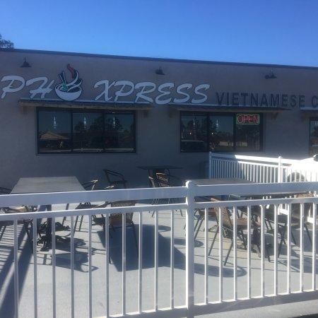 Winnie, TX: Pho Express