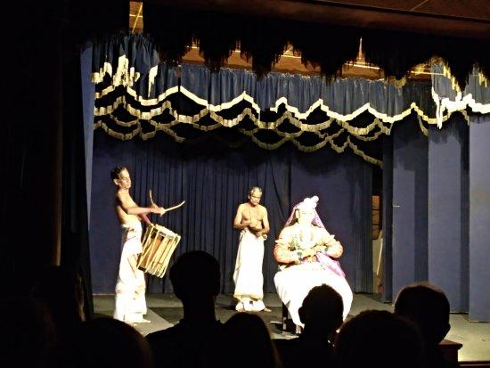 Greenix Village : Espectáculo Kathakali