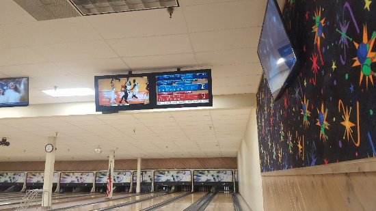 Pollock Pines, Californien: Knotty Pines Lanes