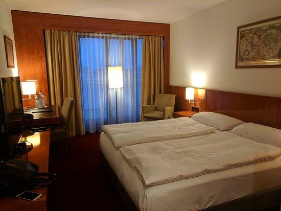 Hotel Angleterre: IMG_20171212_154522_large.jpg