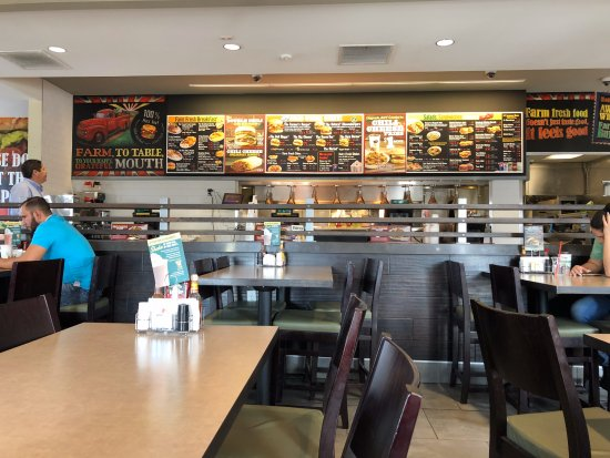 Commerce, CA: Inside Farmer Boys