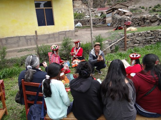 Ollantaytambo, Peru: Our group of women and girls from the U.S. and Peru loved learning all about Andean weaving.