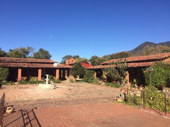 San Andres Huayapam, المكسيك: Courtyard