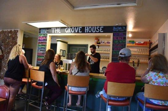 Mariposa, CA: The Grove House