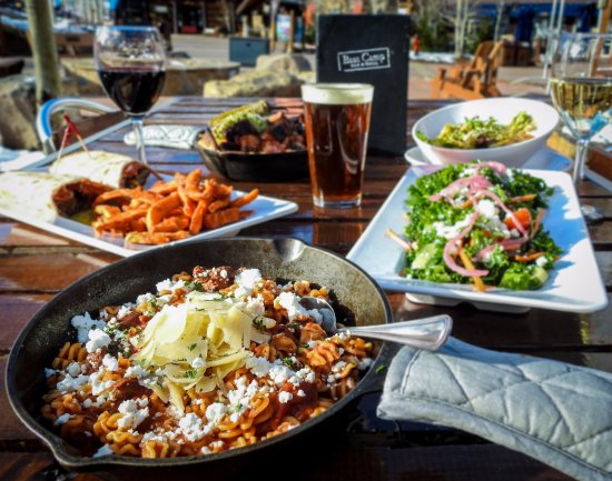 Snowmass Village, CO: With both heavy and light fare and an extensive drink menu, we'll bet we have something your cra