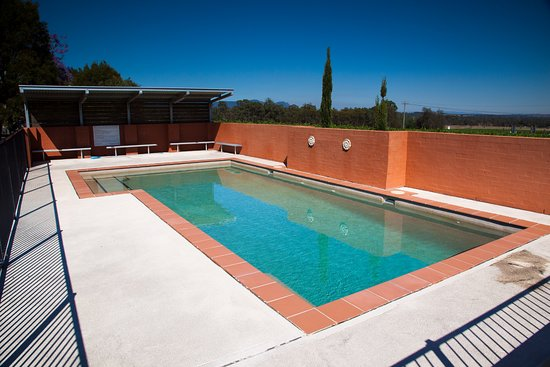 Lovedale, Australia: Cool off in our swimming pool