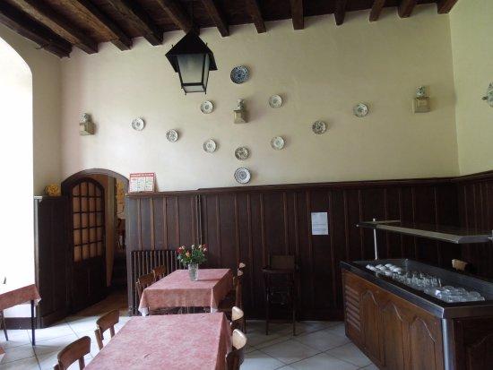 Alet les Bains, France: room where we dined