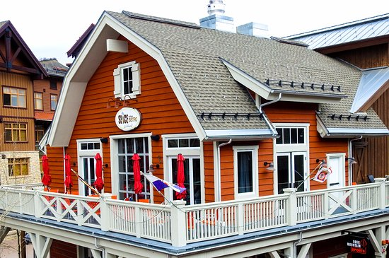 Snowmass Village, CO: Located in the Red Barn Building in base village Plaza