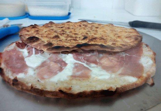 Mondo Pizza Pizzuta: Pizzolo Ice