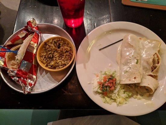 Taco Mamacita: IMG_20171212_183333_large.jpg