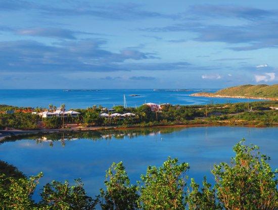Harbour Club Villas & Marina: Six villas between the ocean and a bonefishing lake