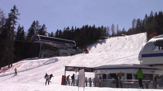 Tirol del sur, Italia: Un panettone bianco al sole