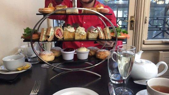 Corus Hotel Hyde Park Afternoon Tea