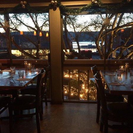 Sogno di Vino: Our upstairs bar at Christmas.