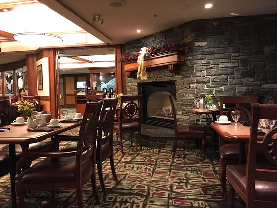 The Evergreen Restaurant And Lounge Nice Fireplace