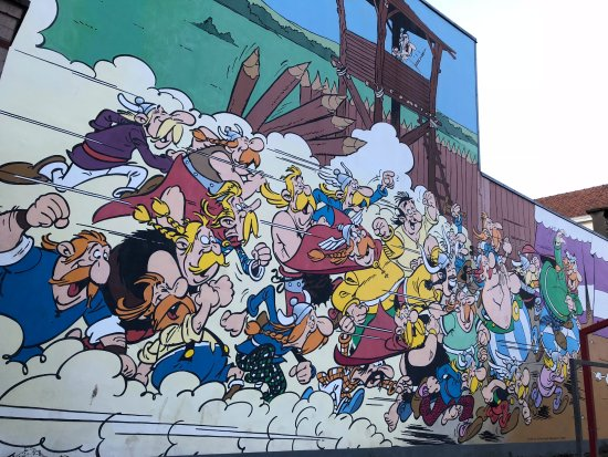 bdeb4bf37c The Comic Strip Walk - Asterix - Picture of The Comic Strip Wall ...