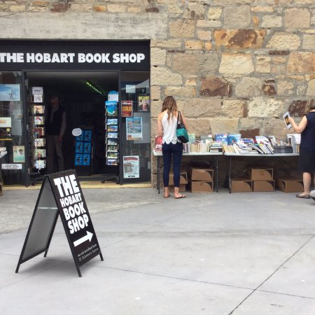 ‪The Hobart Book Shop‬