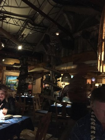 Mama's Fish House: the inside