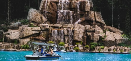 Waterfall and boating at E3 Theme Parks