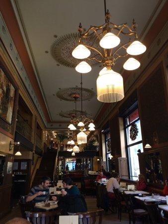 Centrál Kávéház és Étterem: photo2.jpg