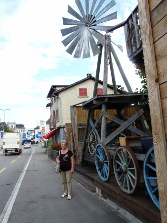 Wetzikon, สวิตเซอร์แลนด์: Внешний декор The Saloon