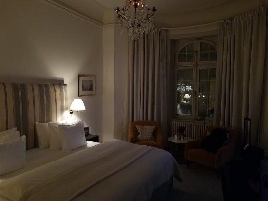 Hotel Diplomat: IMG_20171210_224429_large.jpg
