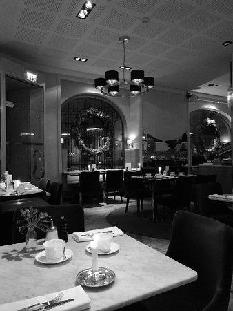 Hotel Diplomat: IMG_20171213_074402_large.jpg