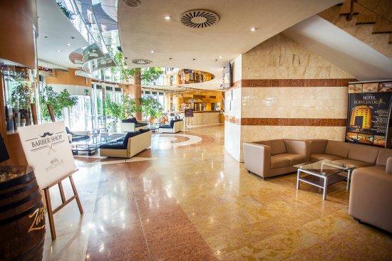 Bobycentrum Hotel: Recepce
