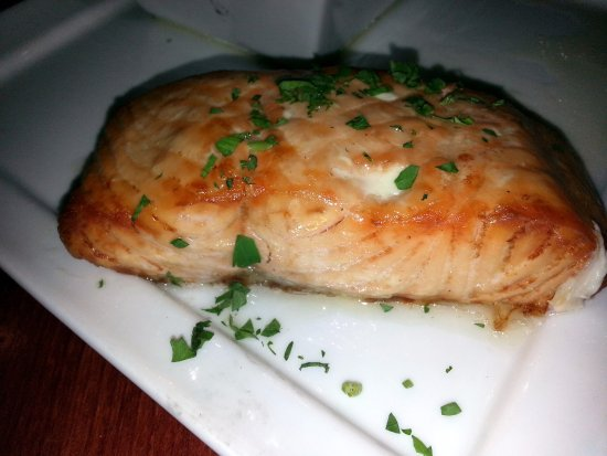 Mount Prospect, IL: the planked salmon