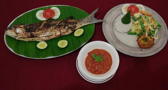 Пемарон, Индонезия: Fresh Grill fish