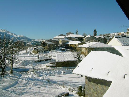 Vista de Laspaules