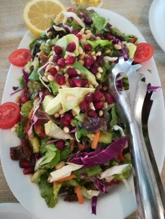 Evgonia: Salad Envira