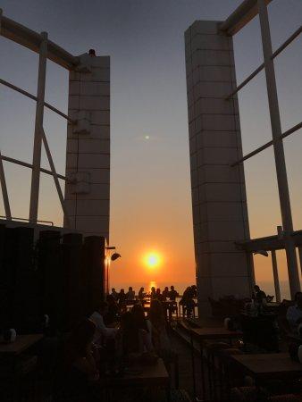 Four Seasons Hotel Beirut: Rooftop bar