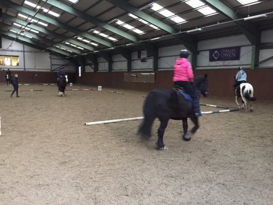 Glaslough, Irlanda: Indoor riding arena